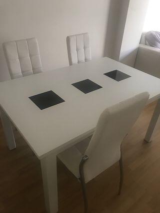 Mesa extensible de comedor