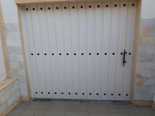 Puerta Cochera con motor
