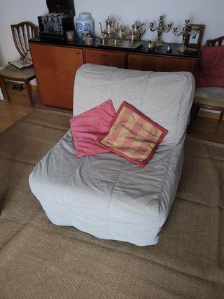 Sofá - cama plegable con funda