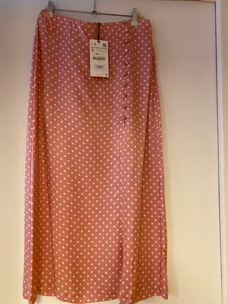 Falda midi rosa topos blancos