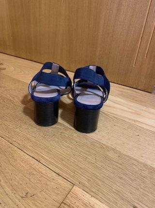 Sandalias tiras azul marino