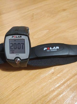 pulsómetro Polar FT1 con banda pectoral