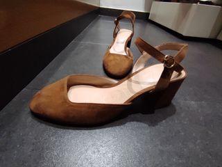 zapatos de piel de tacon