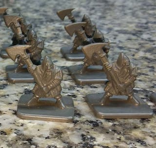 16 enanos Warhammer
