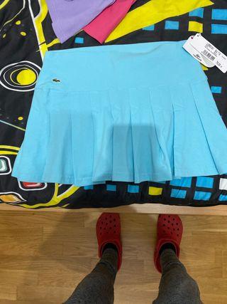 falda lacoste con etiqueta y precio