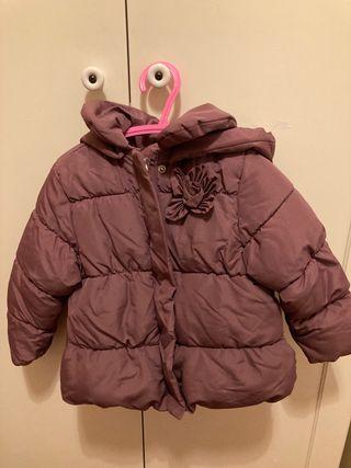 Abrigo niña marca Zara