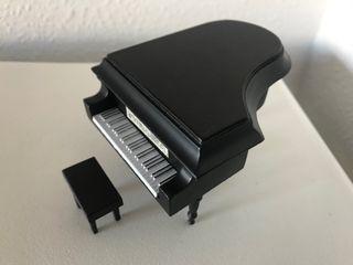 Precioso piano de colección A14 Salvat