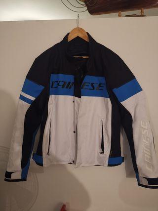 chaqueta Dainese moto, talla 46