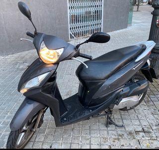 Moto scooter Honda Visión