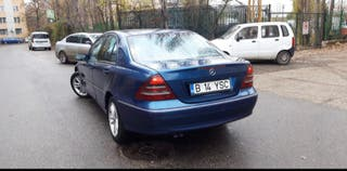 Mercedes-Benz Clase C 2002 3200 Mil km