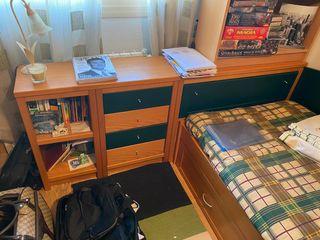 Escritorio muebles estantería baldas y cama