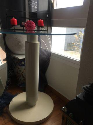 mesa alta de cristal