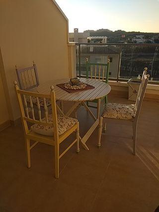 conjunto terraza sillas y mesa