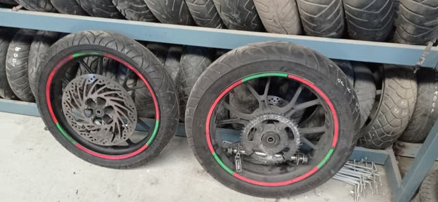 ruedas derbi gpr 125 2t