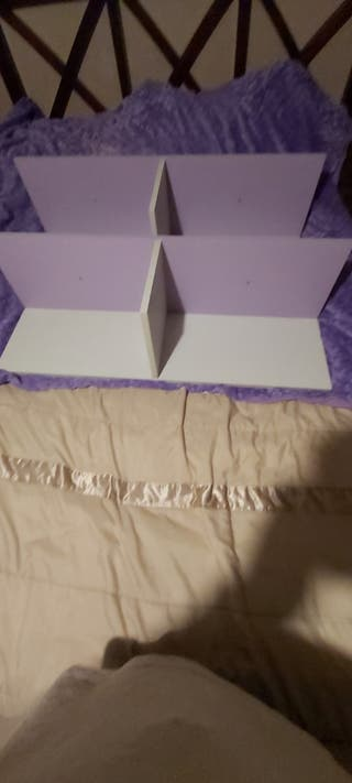 2 estanterías
