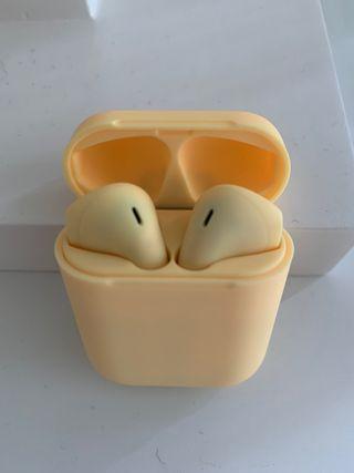 Auriculares inalámbricos tipo AirPods nuevo