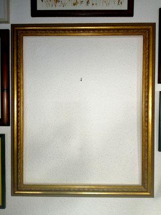 Marco dorado grande para pintura o espejo