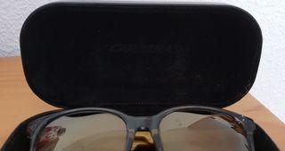 Gafas de sol efecto espejo marca Carrera