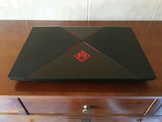 Portátil Gaming HP i7 de 17.3 Pulgadas