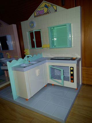 Cocinita y baño juguete