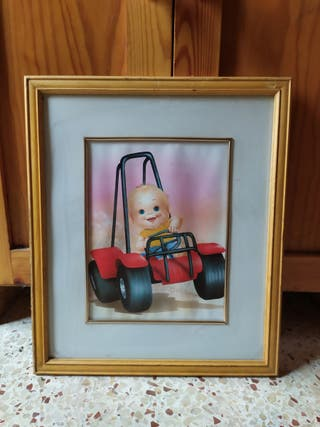 cuadro bebé marco de pino