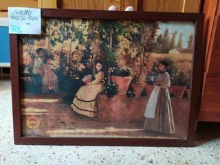 cuadro café marco de madera y cristal
