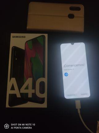 SAMSUNG A40 64GB Nuevo