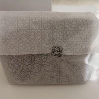 Loewe Neceser con caja