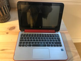 Ordenador portatil. Laptop Rojo