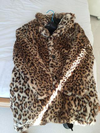 abrigo leopardo talla S