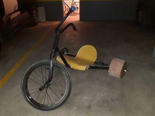 TRIKE (triciclo) derrapes