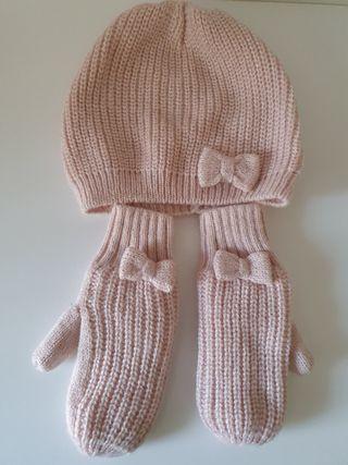 conjunto de gorro y guantes talla 2 -4 años.