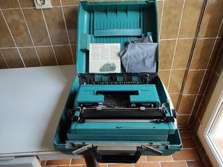 maquina de escribir Olivetti Studio 45 con llaves