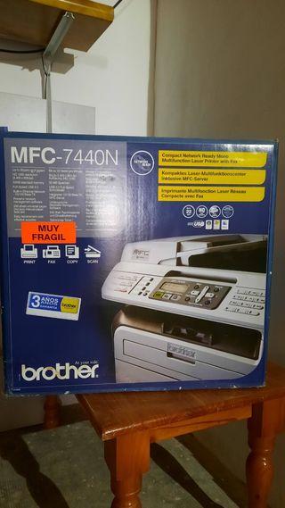 Impresora Multifunción Monocromo Brother MFC-7440N