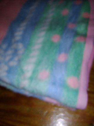 manta de cuna rosa y azul