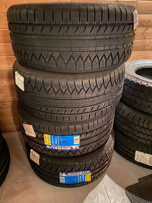 Neumáticos Invierno 245/45 17 99V
