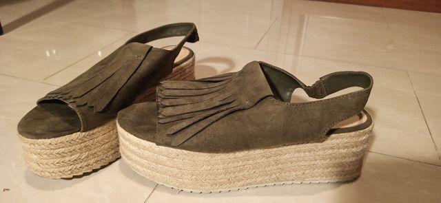 Zapatos sandalias altas con cuña de esparto