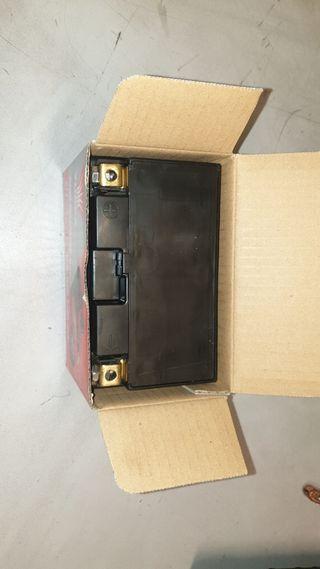bateria Yuasa YTZ10S