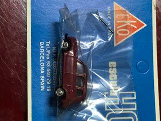 Antigua maqueta de coche