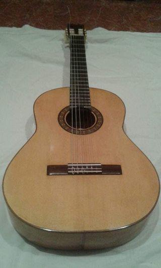 Guitarras artesanas por encargo