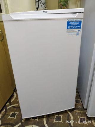 mini congelador ,un mes de uso