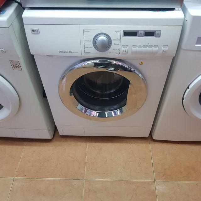 lavadora LG 8kg digital crema 1.200 revoluciones