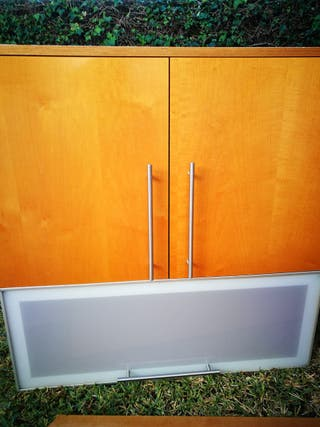 3 muebles altos de cocina