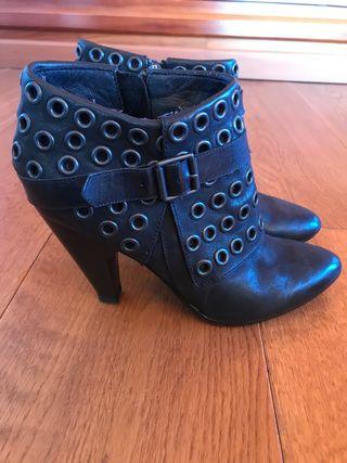 Zapato marca Ash talla 38