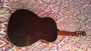 guitarra alhambra modelo 2C