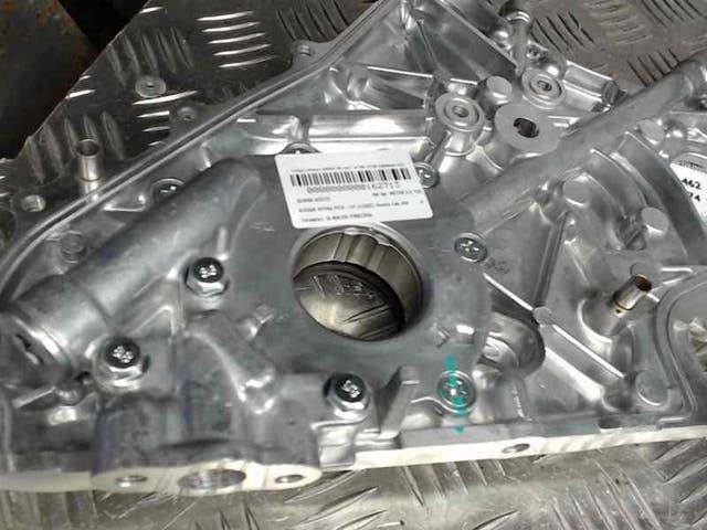 MOTOR 2.5 YD25 133CV Bomba aceite Nissan np300