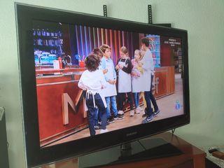 "TV Samsung 40"" Full HD LCD"