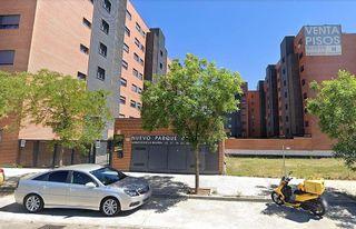 Parking en venta en Los Rosales en Madrid