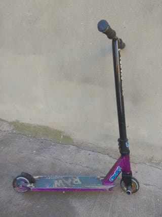 patín scooter acrobacias FoxPro Raw