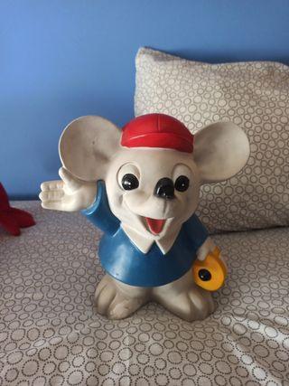 figura hucha raton